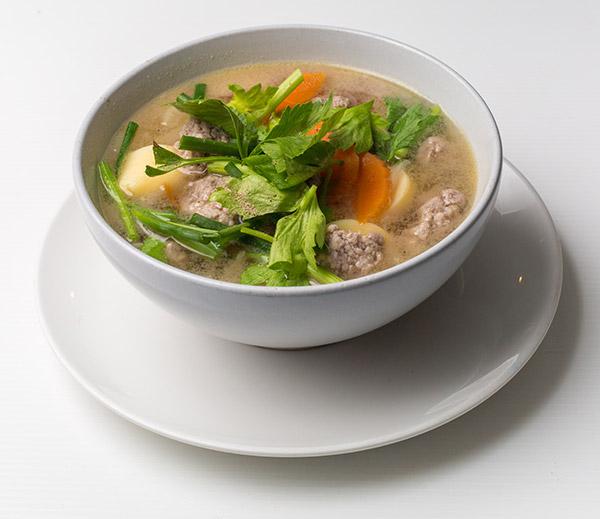 i-Rovers Sport Bar Pork Chicken Soup